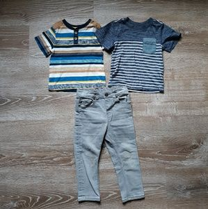 Set of two Tee Shirts and Jeans